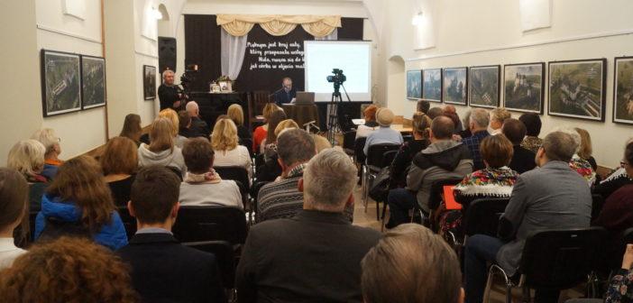 Obchody 180. rocznicy urodzin Adolfa Dygasińskiego